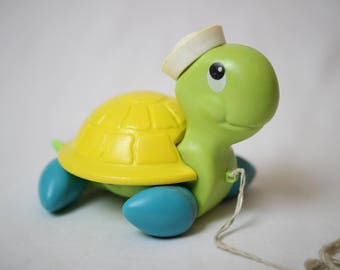 Turtle Fisher price, fisher price toys, pull toys vintage