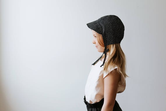Black and white cotton dot bonnet kids hat