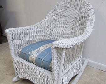 Antique Wicker Outdoor Patio Porch Rocker Rocking Chair