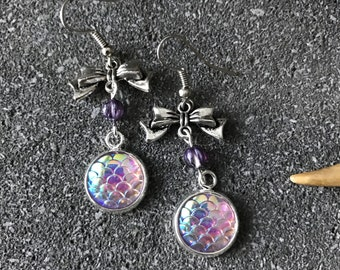 Earrings Mermaid - Victorian - lilac iridescent scales