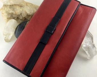On Sale Vintage 1990s Guy Laroche Leather Billfold 90s Ladies Red Wallet w/ Black Bow Paris Women's Clutch