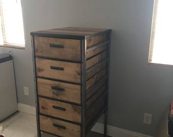 Rustic drawer unit/ bedroom dresser