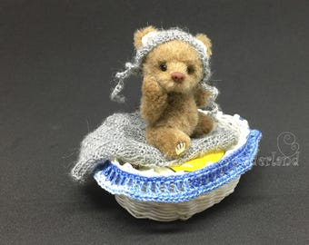 "Artist Bear  ""Gary""- Teddy bear OOAK 2.7"""