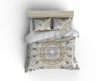 Marble and gold mandala pattern duvet cover