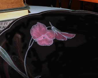 Vintage (c.1980s) Mikasa Rondo EJ702 Tango soup, cereal or salad bowl. Black body, large lavender-color florals.