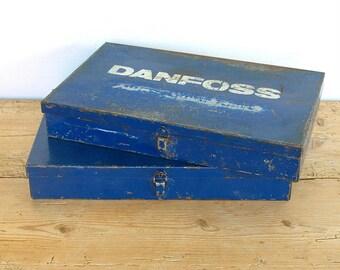 Vintage metal industrial tool box blue.Desk organizer.Catchall.Industrial storage.Industrial tray blue.Jewelry organizer.Bathroom storage.