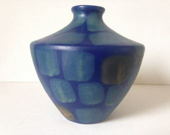 Blue Ceramic Vase, Blue Vase, Retro Vase, Modern Vase, Mid Century Modern Vase, Pottery Vase, Ceramic Vase, Blue Vase, Vase, Studio Pottery