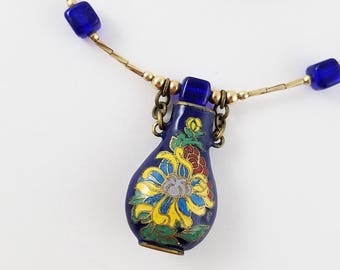 Vintage necklace gold tone chain blue glass beads bright color necklace OS2490