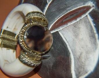 Multi-colored brown agate stone hinge-bracelet E17