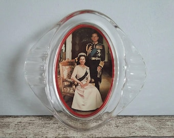 British Royals Souvenir Ashtray // Queen's Silver Jubilee  // 1970s