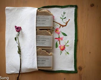 Roses Vintage French Linen Pouchette Gift Set No. 4
