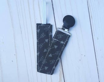 Arrow Universal pacifier clip- pacifier holder, mam, nuk, soothie, gumdrop, arrows baby, baby gift, baby boy, black and grey, B3G1