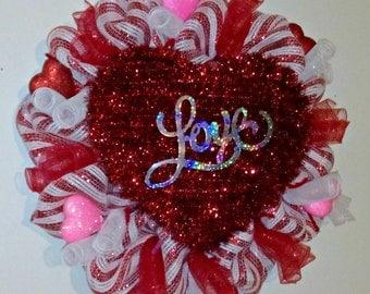 SALE-Valentines Day, Valentine Day Wreath, Deco Mesh Wreath, Deco Mesh, Heart Wreath, Valentines Day Decor, Door Wreath, Wreaths for Sale