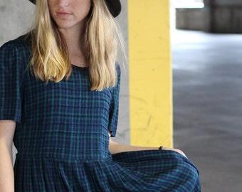 SALE! Vintage plaid dress - blue and green plaid dress - Medium
