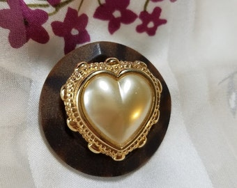 Vintage Brown Button and Faux Pearl Heart Scarf/Sweater/Jacket Pin~Vintage Button Coat Brooch Pin~Gold Tone Heart Vintage Button Brooch Pin