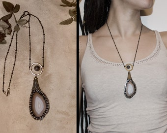 Agate natural stone amulet tribal necklace