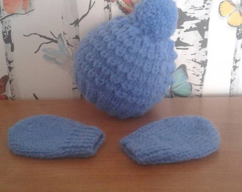 SALE Aran Boys Hat Set, Knitted Hat Set, Hat And Mitts, Handmade, Hand Knitted, 0 - 3 Months