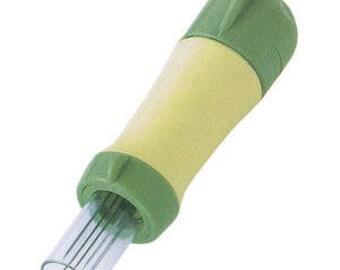 Clover Needle Felting Tool - 5 Felting Needles - Punch Action