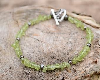 Peridot bracelet, Peridot jewelry, Peridot gift, Beaded peridot bracelet, Bracelet from peridot, Buy one get one free, Free bracelet