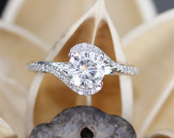 Brilliant Moissanite Ring,6.5mm Round Cut Forever Classical Moissanite Engagement Ring,14K White Gold Ring,Stackable Ring,Bridal Ring