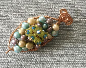 Pearls And Flowers Shawl Pin/Pendant