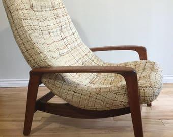 RESERVED/Teak R Huber Scoop Chair