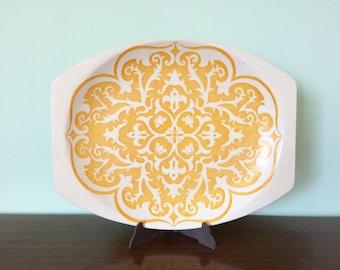J&G Meakin Maidstone Castileplate platter yellow 1970s