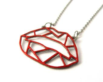 "Geometric red lips necklace | ""Kiss me"""