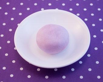 Bath dough - Bubble dough - Play - Wash - Suds - Doh - Squishy - Shape - Moldable - Scented Soap