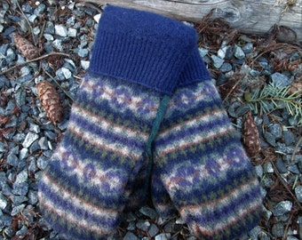 Wool Sweater Mittens, Womens Medium, made from Eco- Friendly Recycled Felted Wool Sweaters