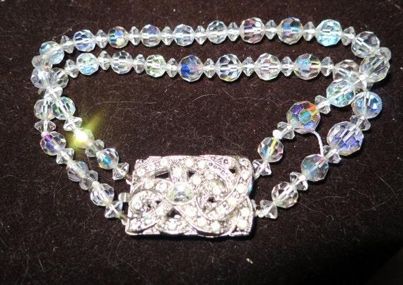 Vintage 1940s silvertone Art Deco 2 strand glass bracelet
