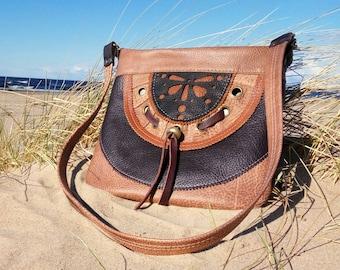 Genuine leather hobo bag . Natural leather applique .Leather shoulder bag. Zipper hobo Bag