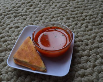 "Tomato soup and grilled cheese for 18""/American Girl Dolls"