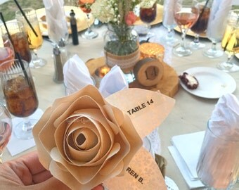Set of 25 Place Cards Paper flower