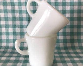set of 2 Pyrex tableware by Corning white mugs