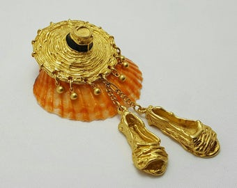 D.K.N.Y. Beach Hat & Shoes Pin