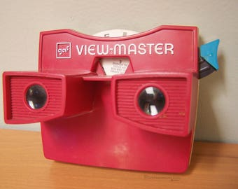 Vintage GAF View-Master Toy – Red View Master with Reel Included – Grimm's Fairy Tales The Elves and the Shoemaker