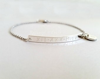 Reversible Personalized bar bracelet | roman numerals | anniversary | friendship bracelet | bridesmaid sister bracelet