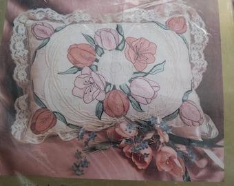 Candlewicking Kit Victorian Tulip Pillow