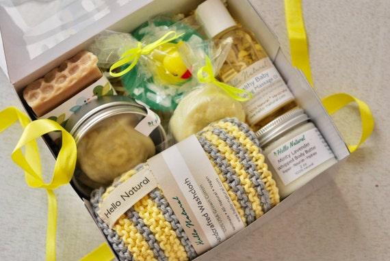 New Baby & Mommy Gift Set Newborn New Mom Bath Set Natural