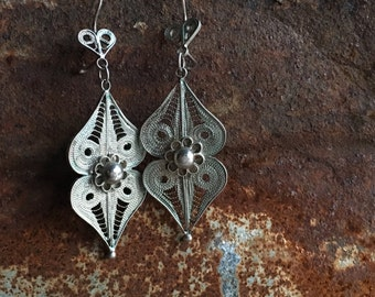 Vintage sterling filigree earrings. Light, lovely dangling pendants