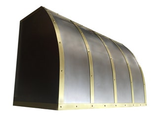 Custom Non Direction Stainless Steel Range Hood with Brass Straps