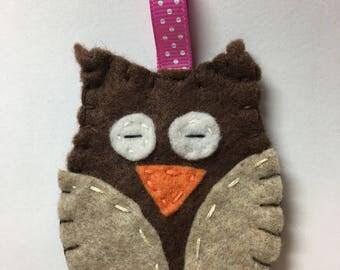 owl, felt owl, owl keychain, keychain, felt keychain, i love owls, felt, woodland,