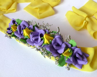 Apply belt with paper flowers
