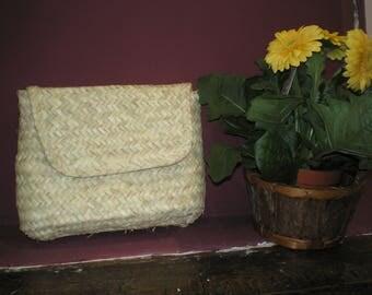 Palm leaf Clutch, Summer purse, handmade purse, bohemian clutch, Straw clutch , straw bag
