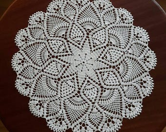 "18"" new white handmade crochet doily / Lace doily / Table center decoration / Table cloth / Center piece"