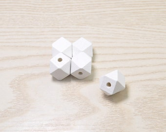 25pcs Polygonal White Beads 15mm,Faceted Cube Wooden Beads,Geometric Wood Beads Octagonal-Painted Wood Beads,Hexagon,Modern Necklace