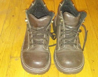 Womens lace up shoes  size 8