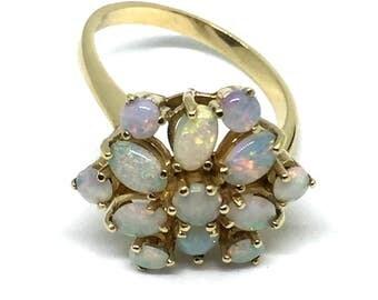 Vintage 9 Karat Yellow Gold Opal Ring Size 7.5 #1604