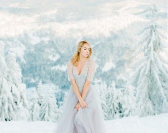 Gray wedding dress etsy light gray wedding dress winter bohemian colored grey tulle 34 sleeve chantilly junglespirit Image collections